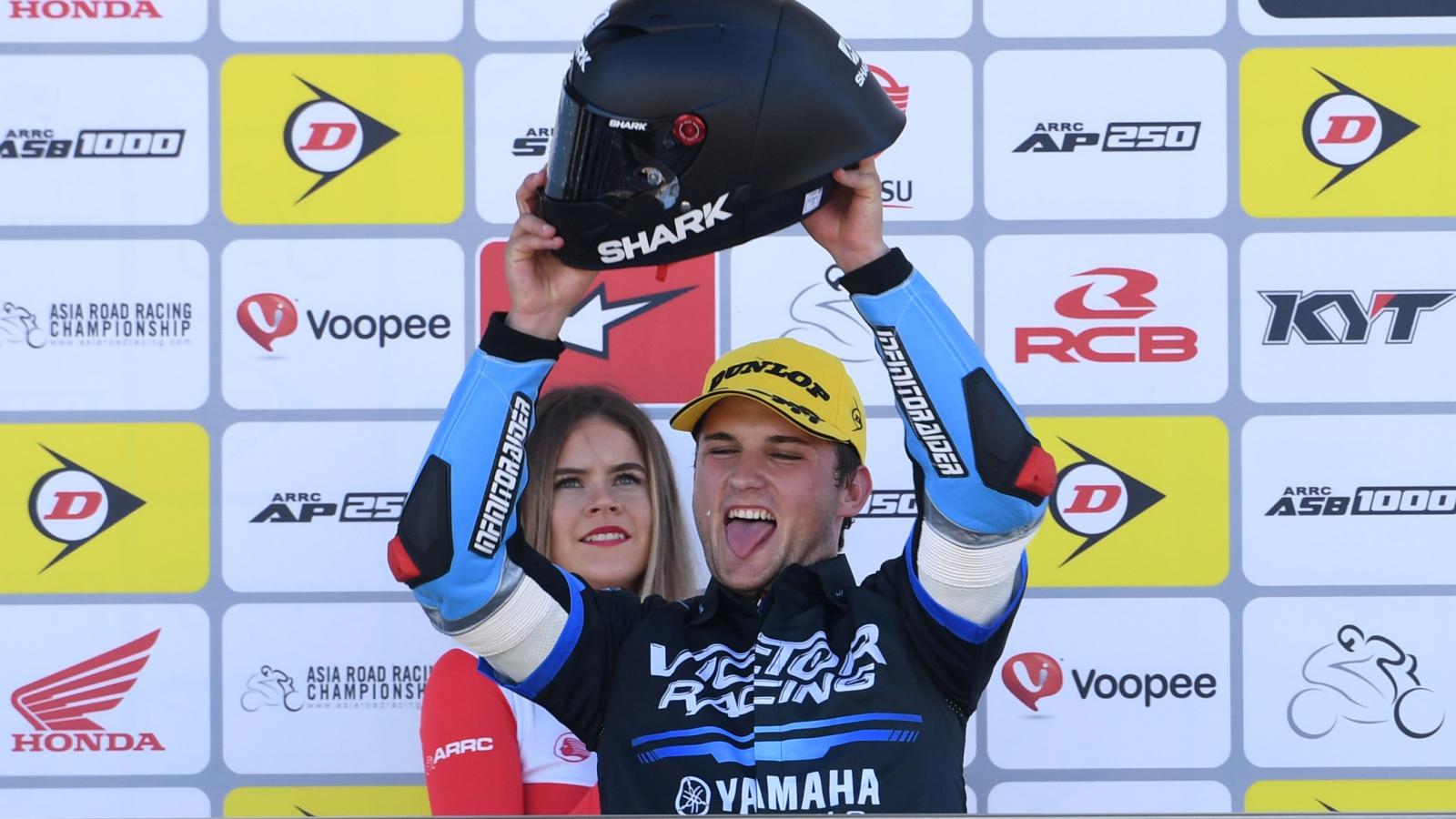 NoTodoMotoGP: Javi Orellana logra un podio histórico y Michele Pirro sigue sin rival