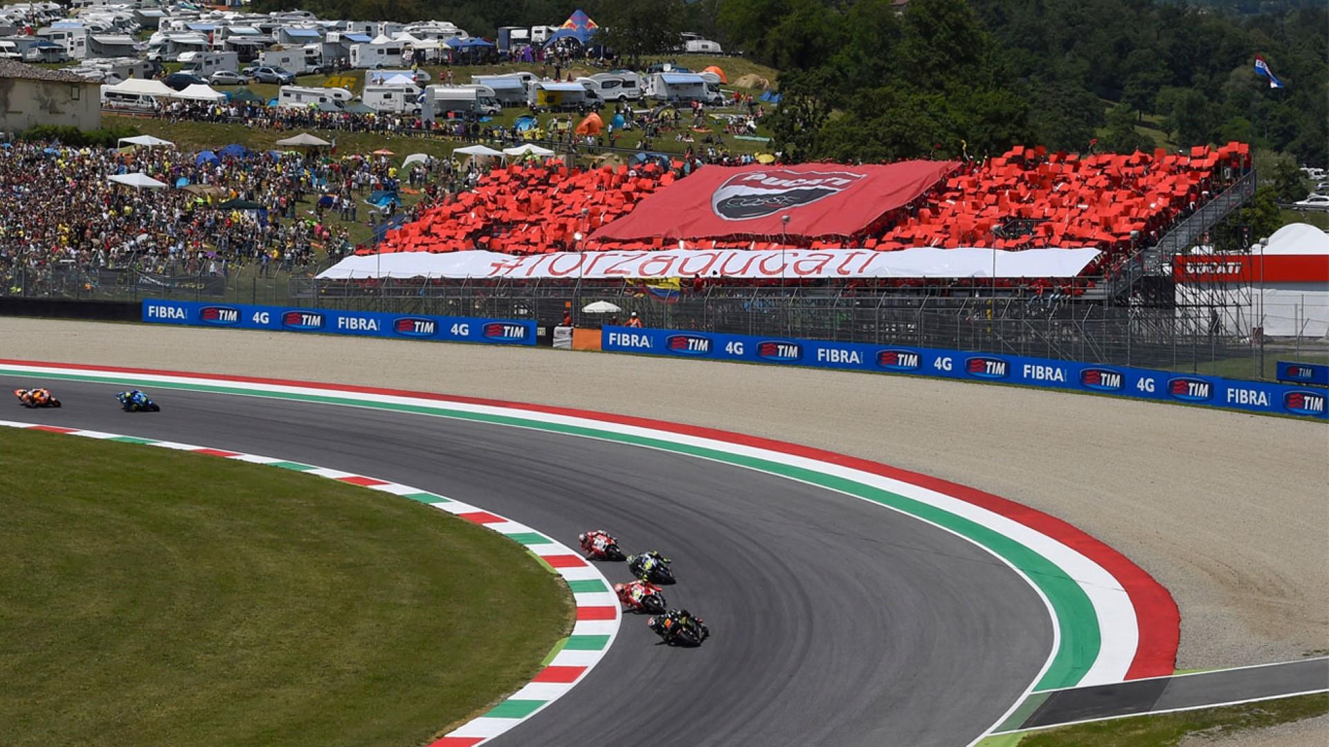 Tribuna Ducati en el GP de Cataluña