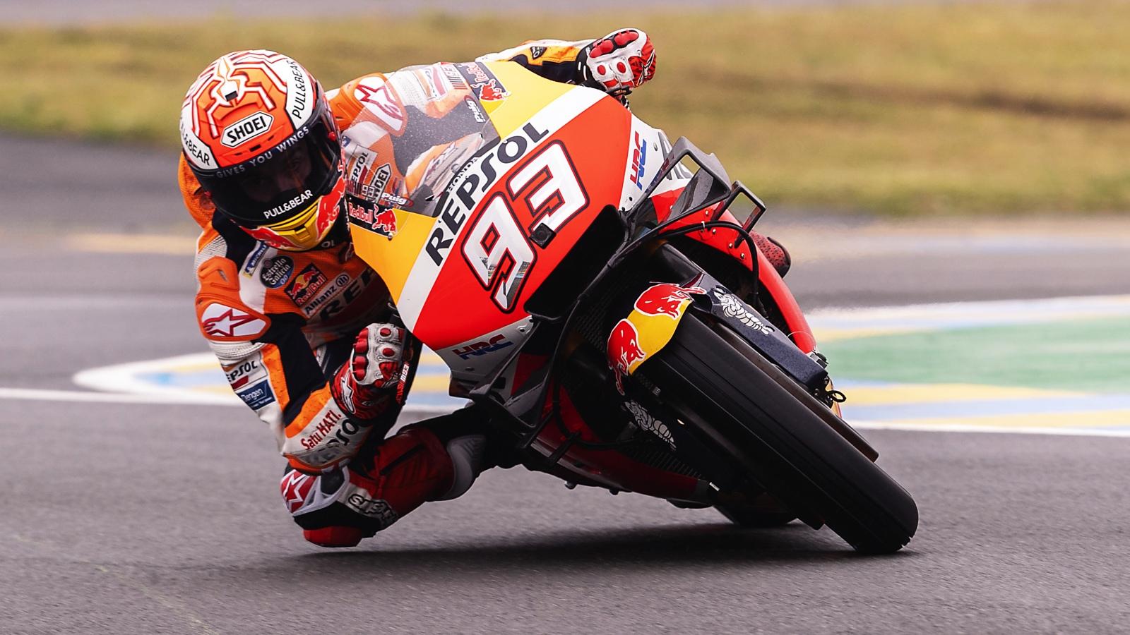 Marc Márquez gana ante las Ducati en Le Mans para igualar a Jorge Lorenzo en MotoGP