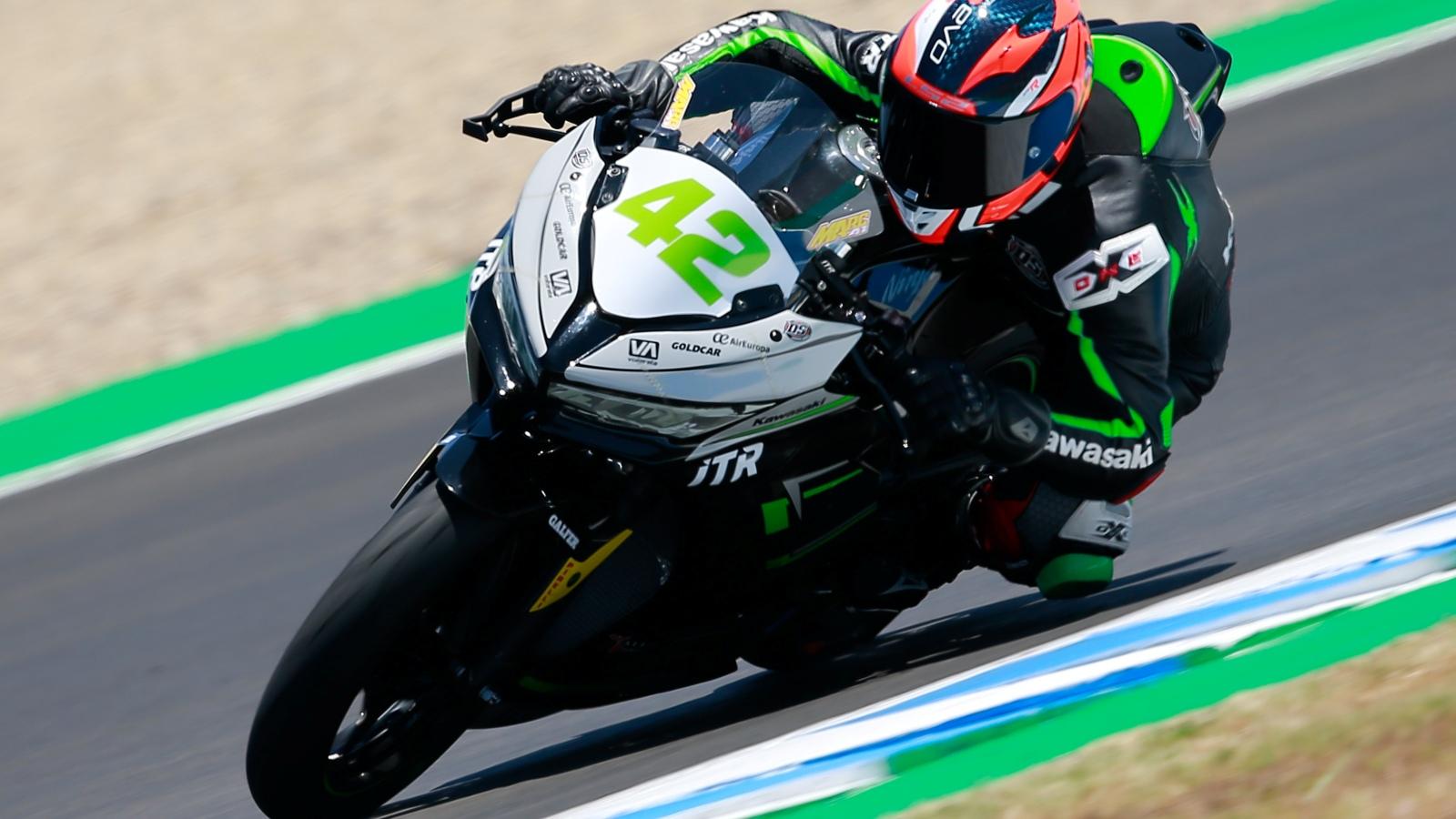 Marc García vuelve a ganar y Ana Carrasco al podio de Supersport 300 en Jerez