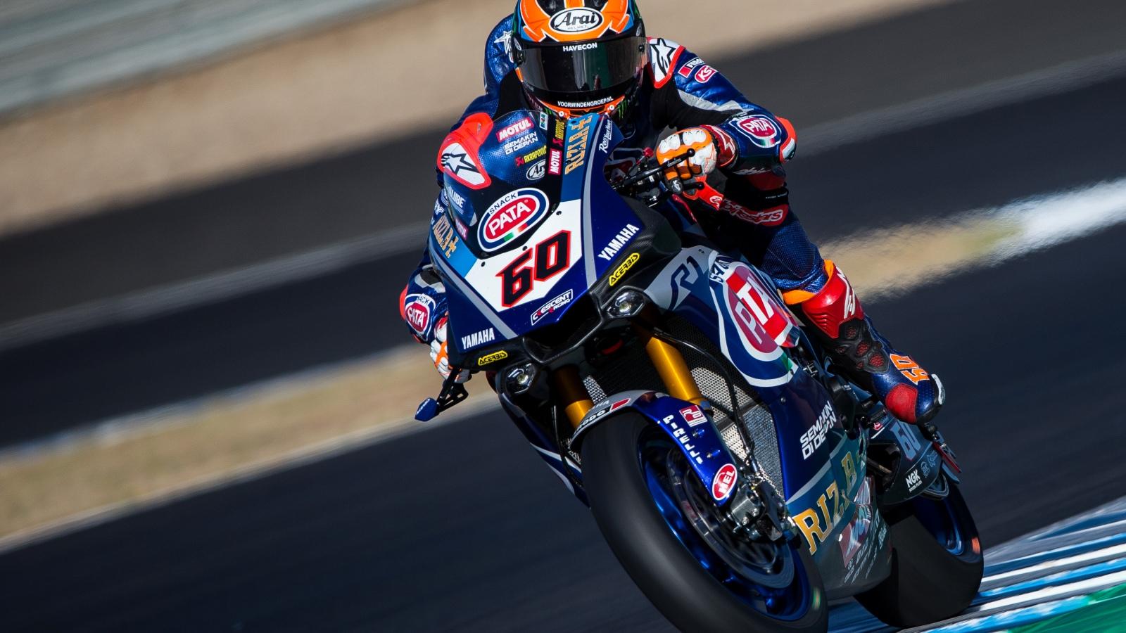 Michael VD Mark vence a Jonathan Rea en Jerez tras la caída de Álvaro Bautista