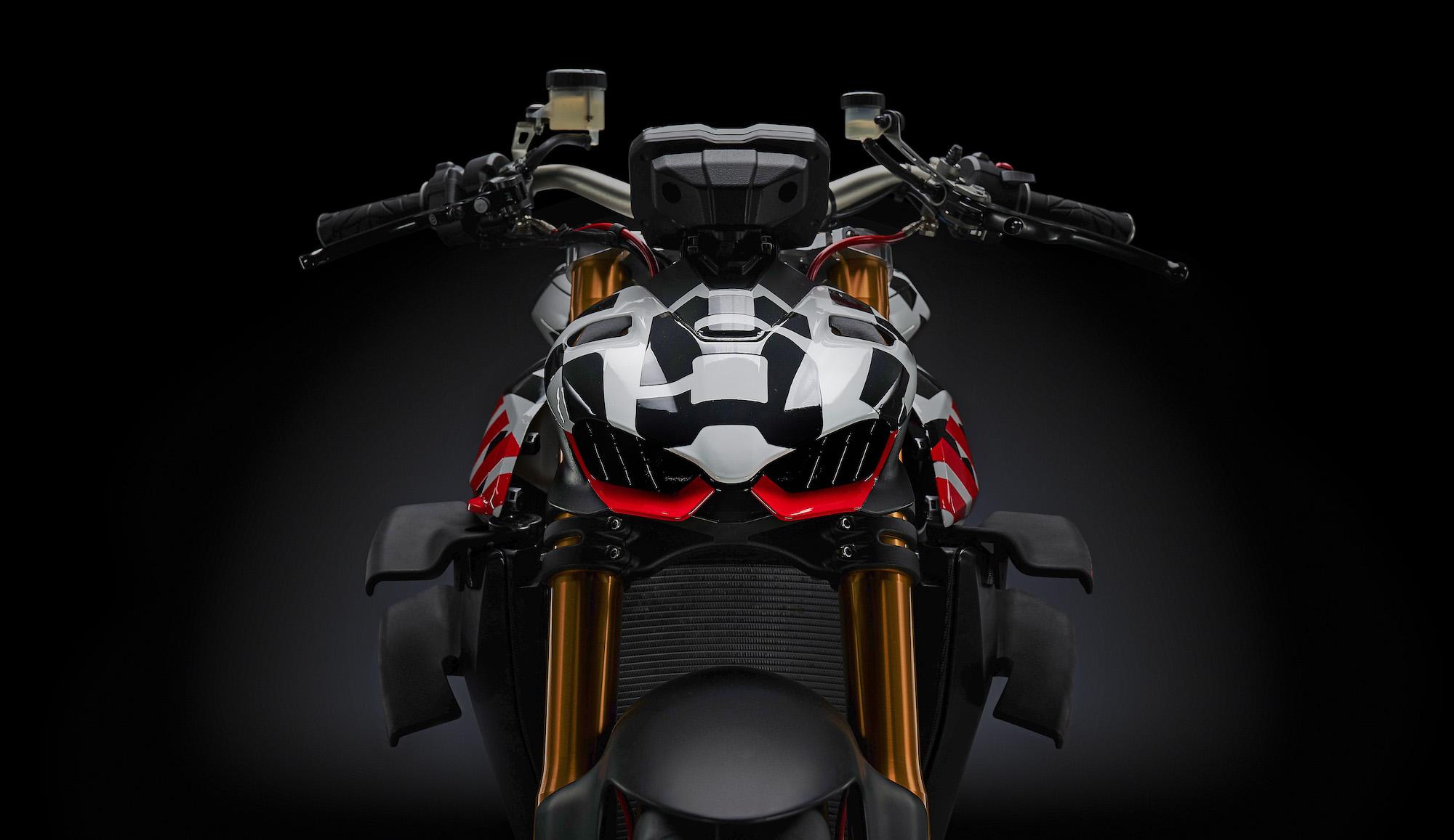 Ducati Streetfighter V4; agárrate, que vienen curvas