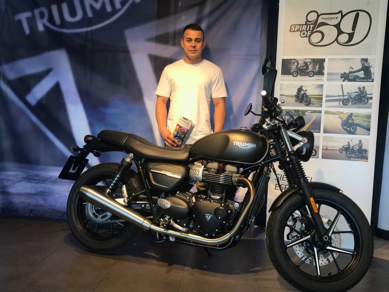 """Entrega del premio del concurso """"La Moto del Año"""" 2019"""