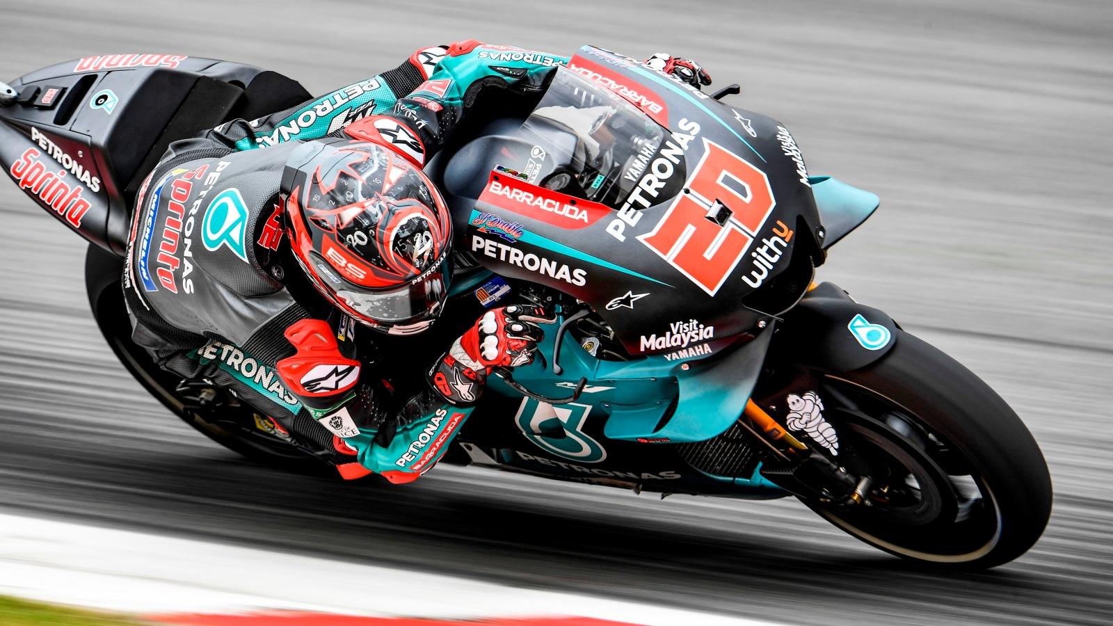 Fabio Quartararo hace la pole en Montmeló y Marc Márquez evita el póquer de Yamaha