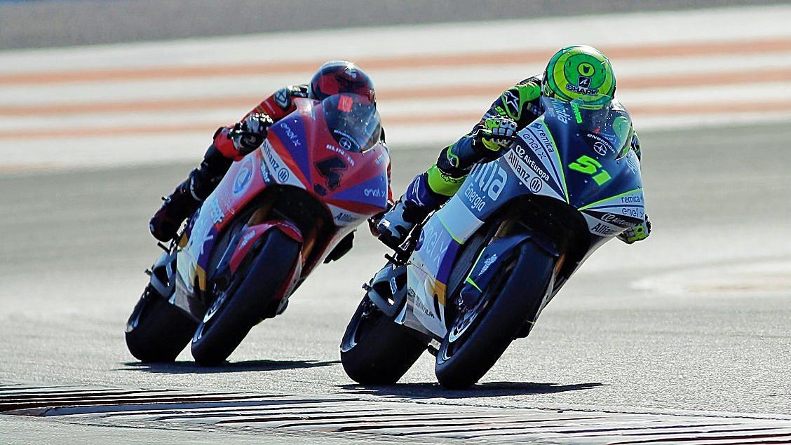 Eric Granado gana la simulación de carrera de MotoE ante Héctor Garzó en Valencia