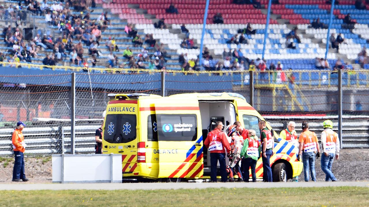 Jorge Lorenzo trasladado a un hospital en Assen después de una caída en el FP1