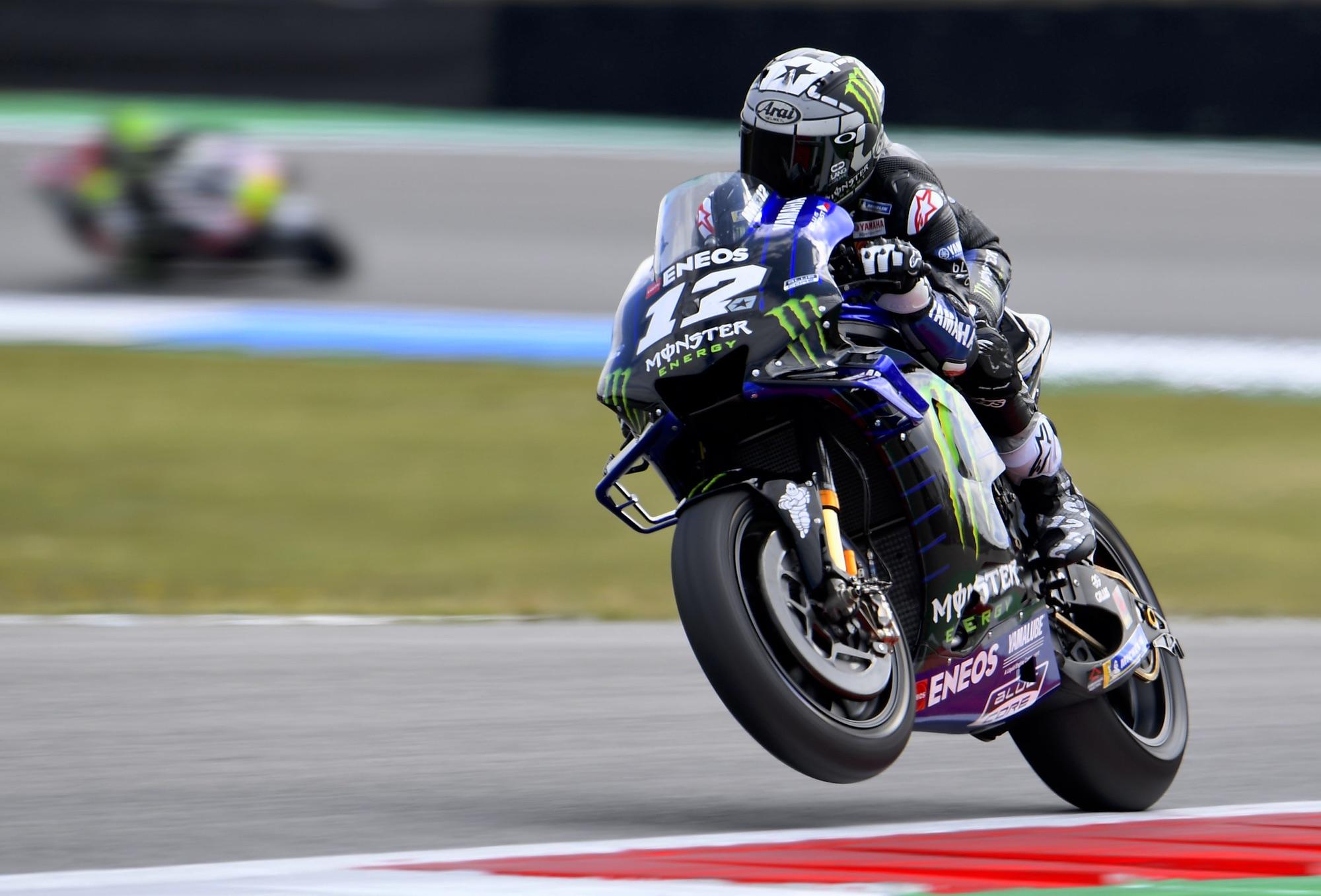 Maverick Viñales y Fabio Quartararo dominan los libres de MotoGP