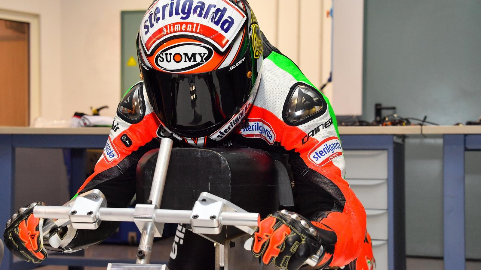 Max Biaggi intentará recuperar el récord del mundo de velocidad en moto eléctrica