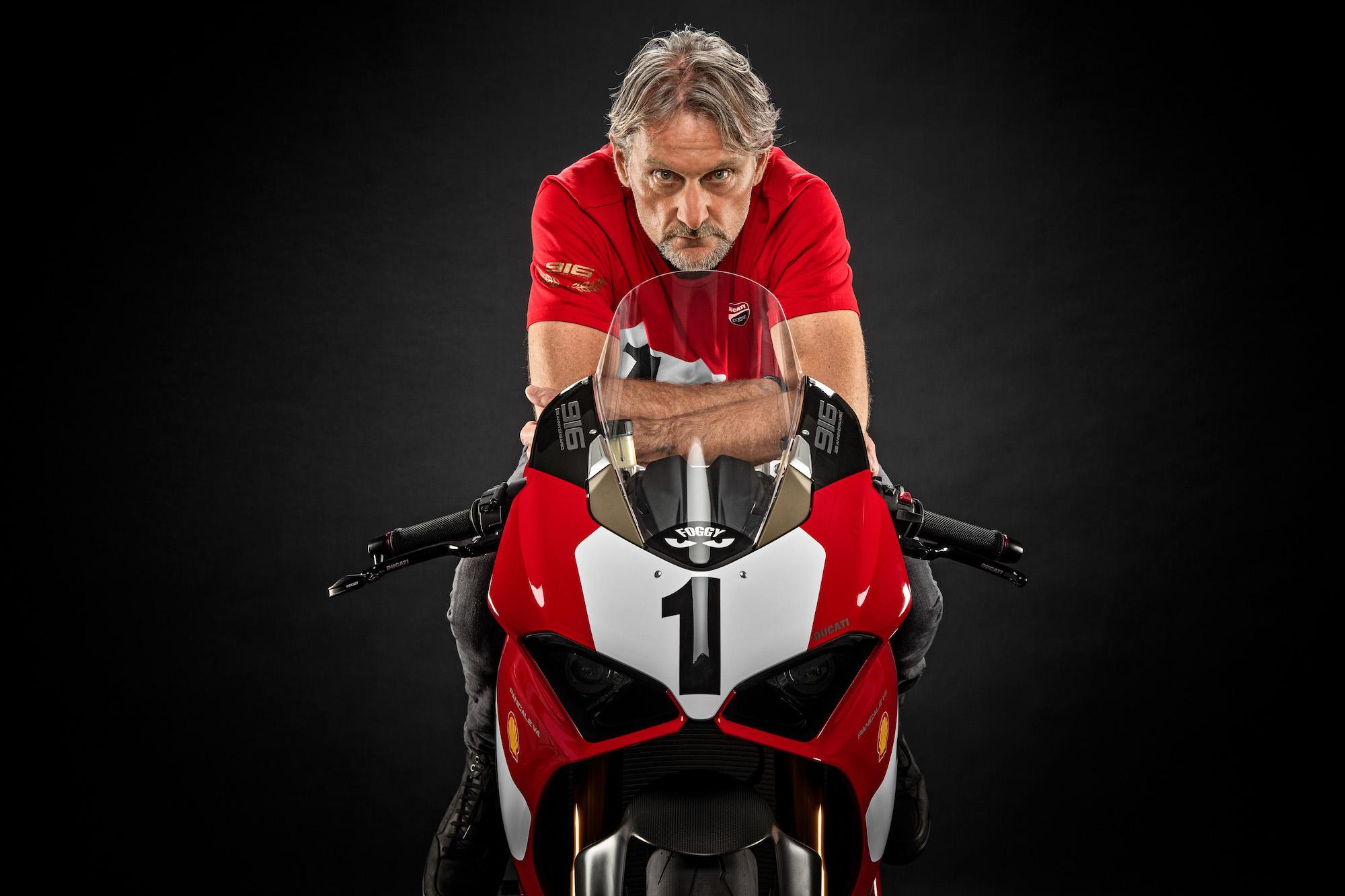 Prepárate para ver la Ducati Panigale V4 25º Aniversario 916