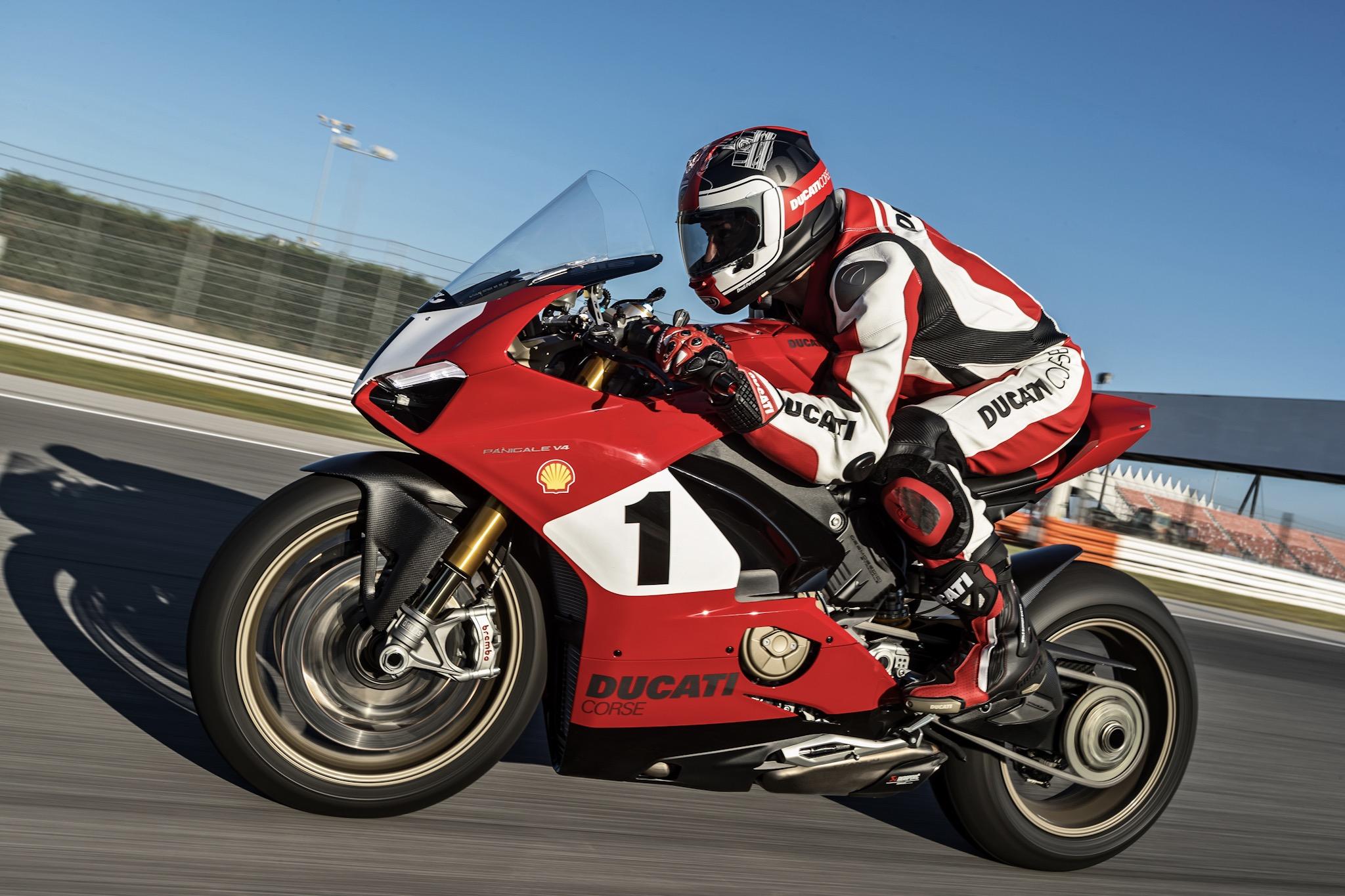 Ducati Panigale V4 25 Anniversario 916, la despampanante nueva edición limitada de Ducati