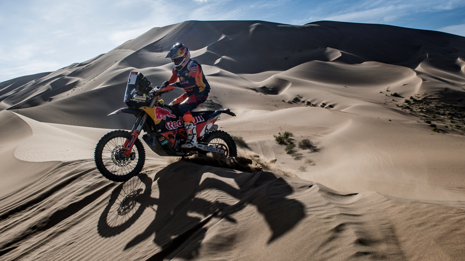 Sam Sunderland gana el Silk Way 2019 y es más líder del Mundial de Rallies Cross-Country