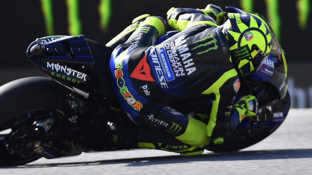 """Valentino Rossi ve """"cosas buenas"""" en el prototipo 2020 pero """"sin muchos cambios"""""""