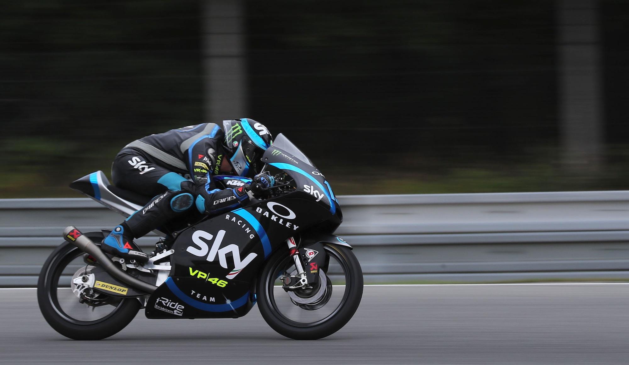 Celestino Vietti toma el mando de Moto3 en Austria