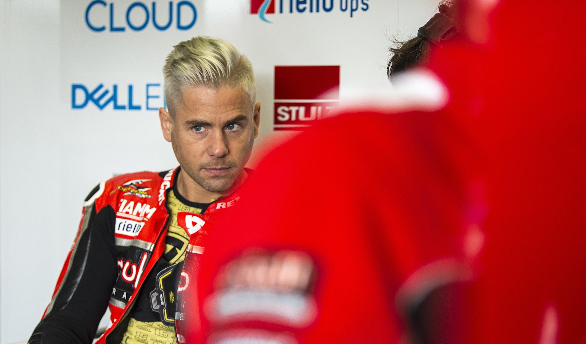Álvaro Bautista se aleja de Ducati y suena Honda con nueva Fireblade