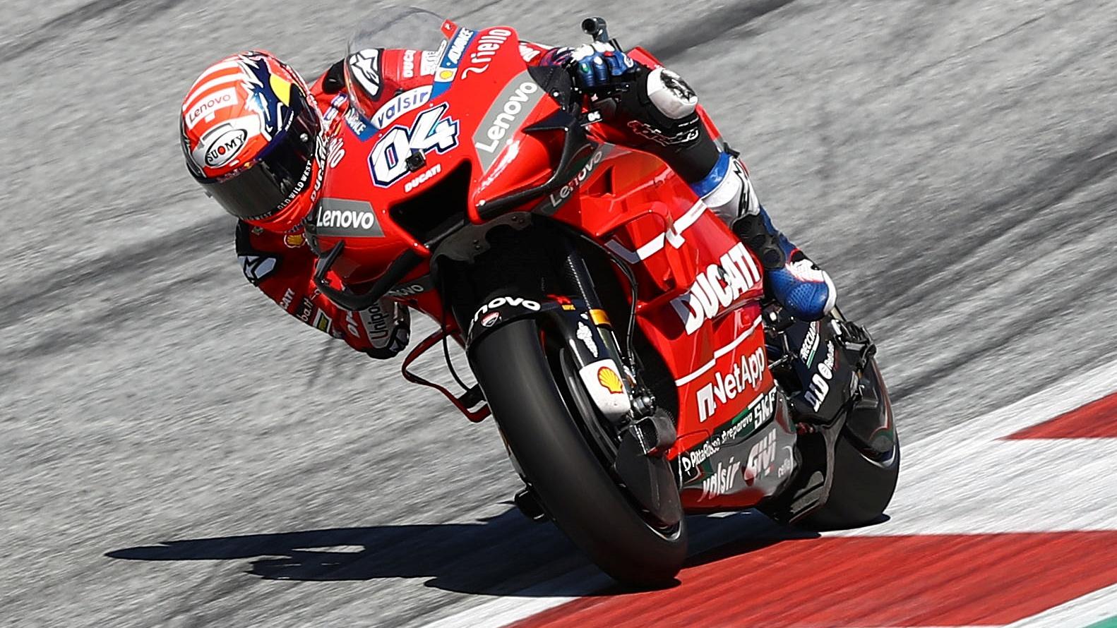 Andrea Dovizioso vuelve a batir a Marc Márquez en un duelo de infarto en Austria