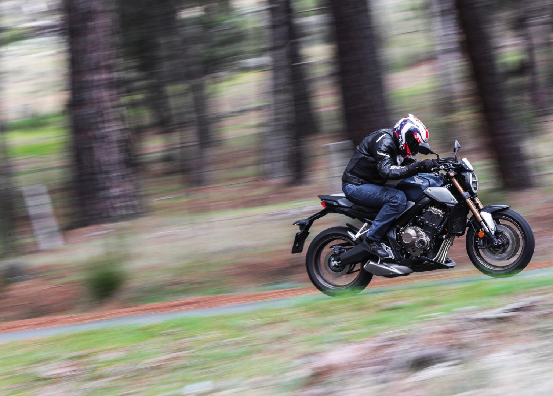 Honda CB650R, superprueba, fotos y ficha técnica