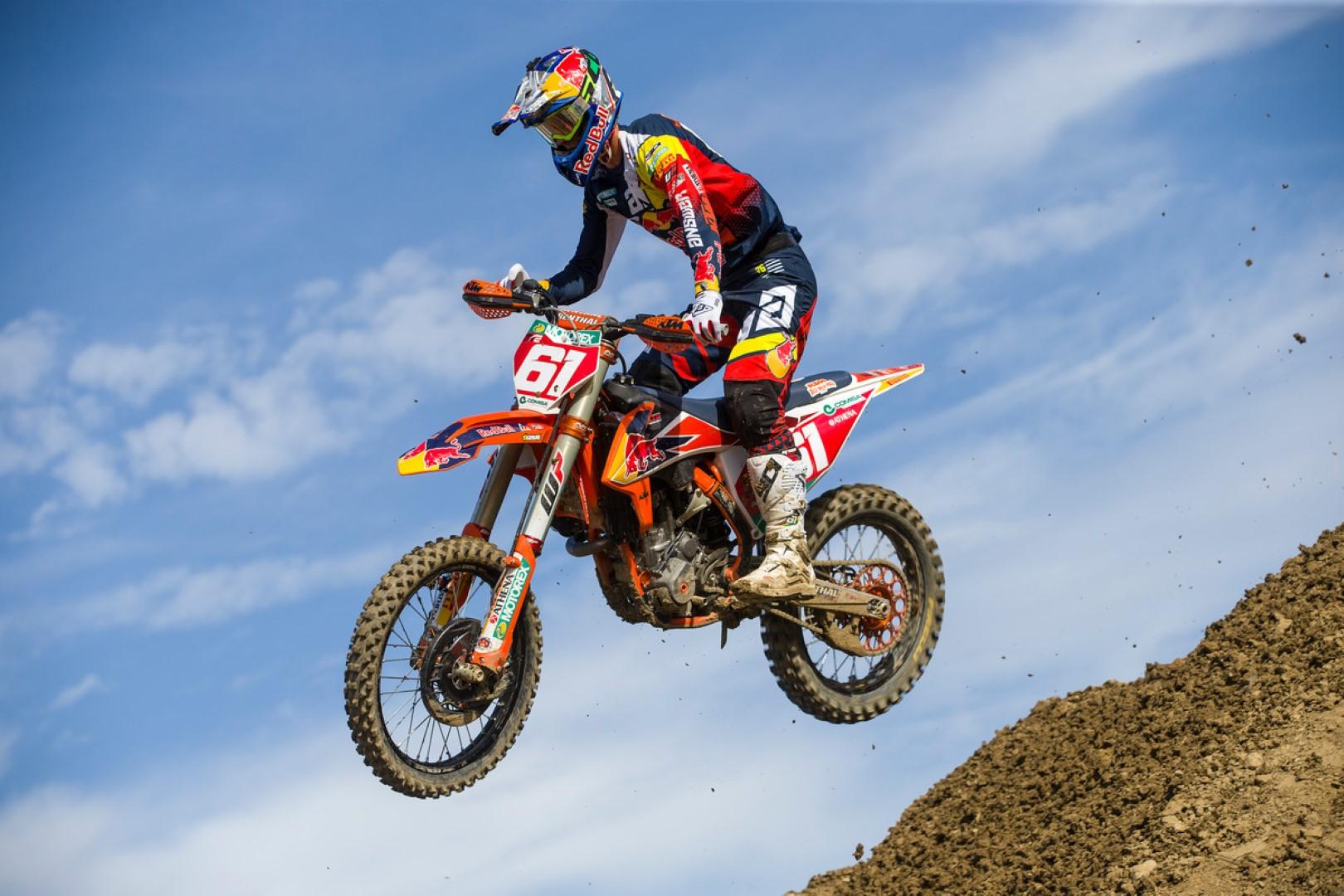 Jorge Prado, a un paso de su segundo título en MX2