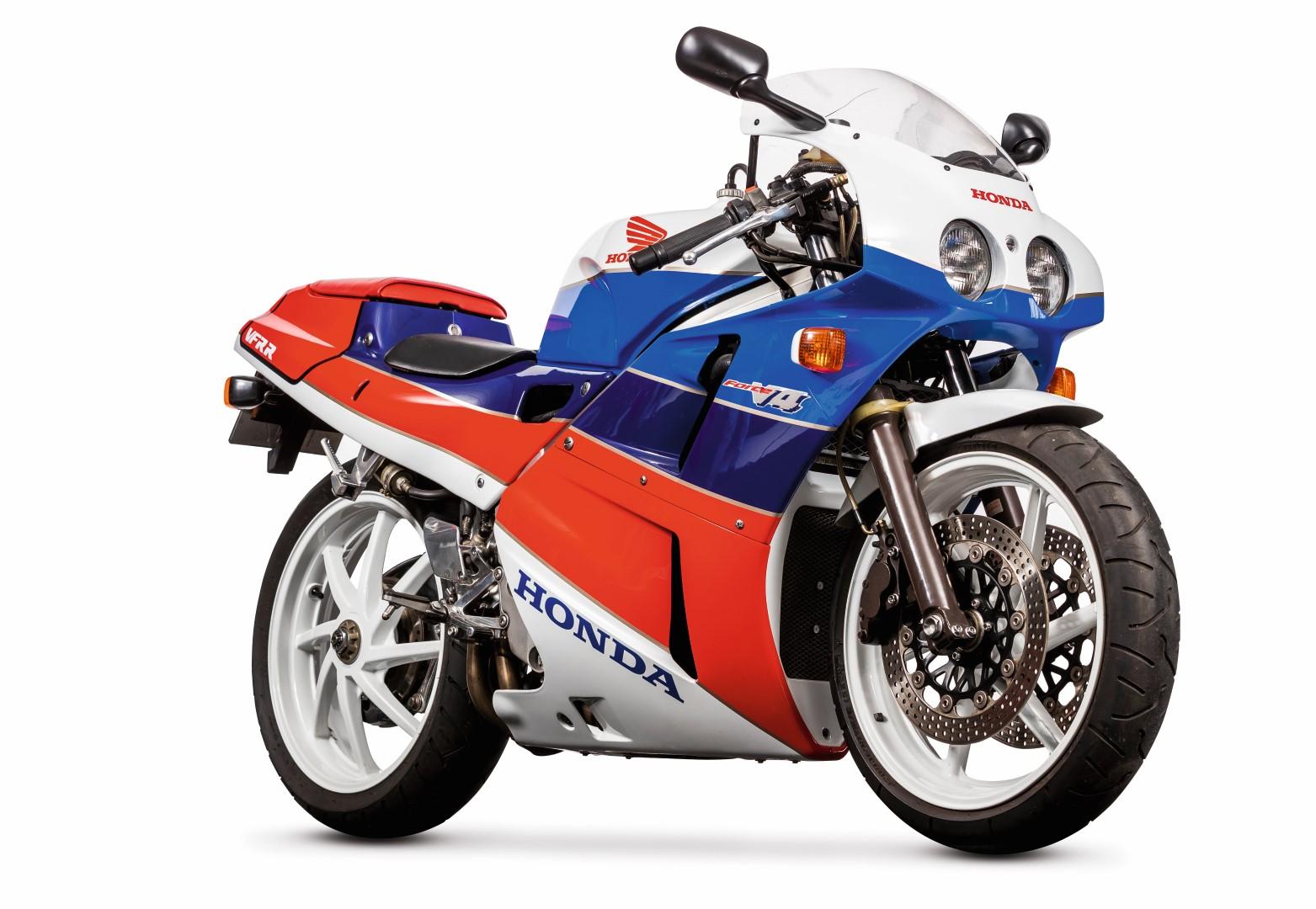 Classic Club: Honda VRF400R NC30
