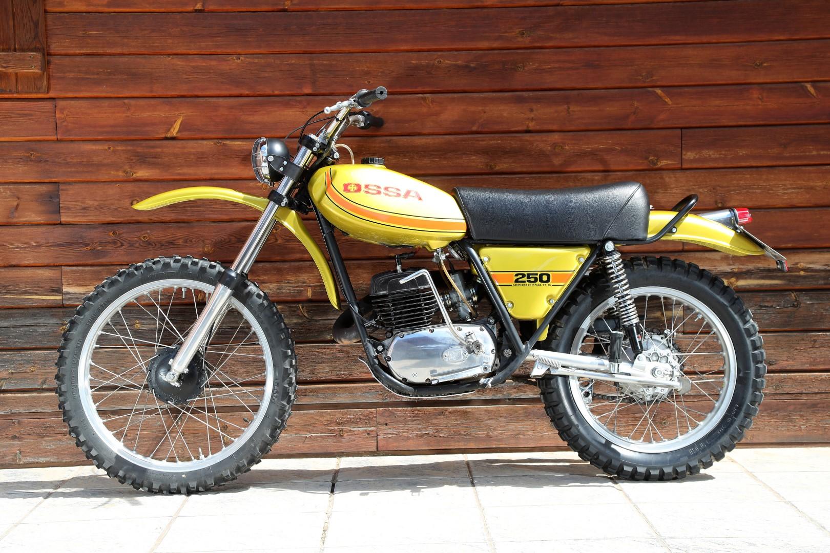 OSSA Super Pioneer 250 1975