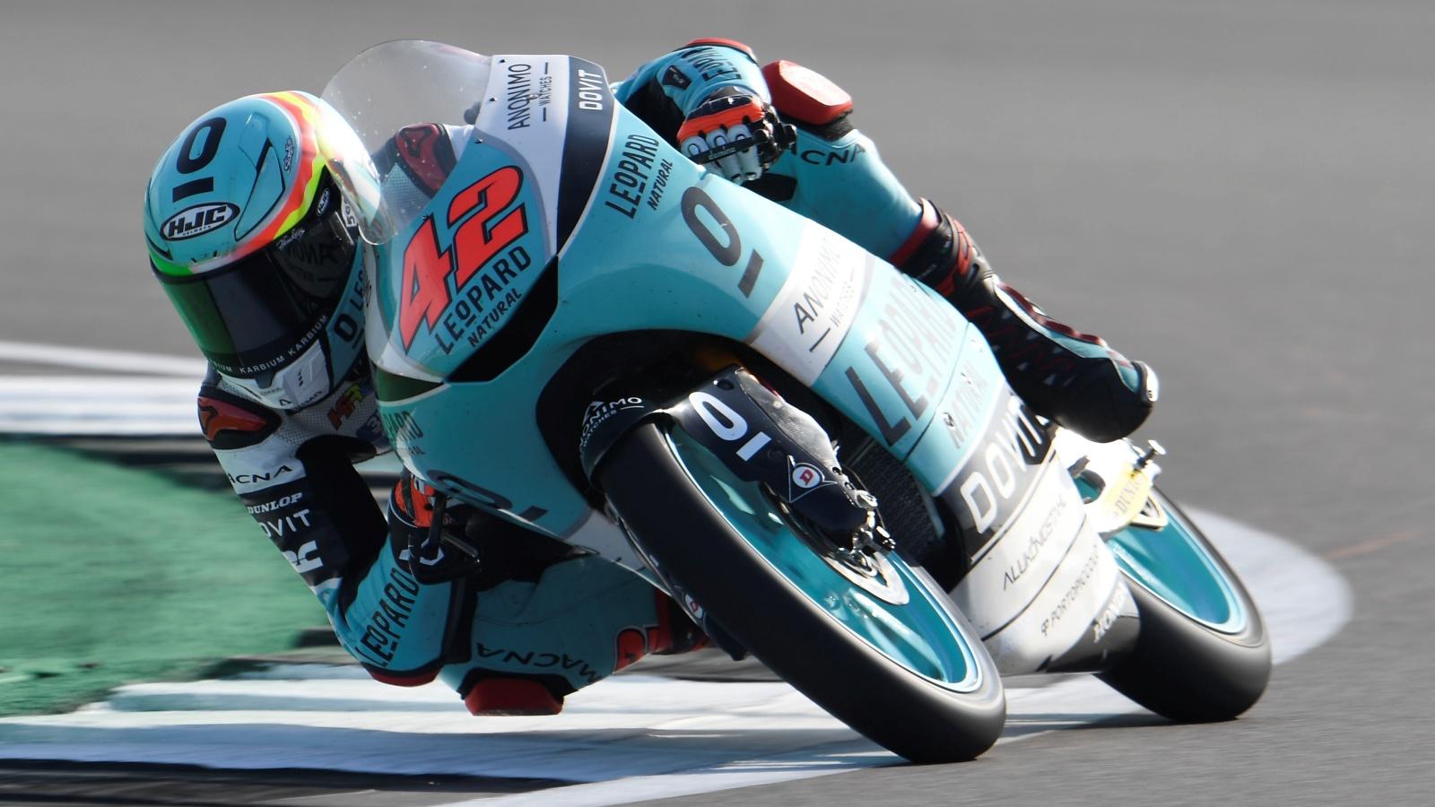 Marcos Ramírez gana su segunda carrera en Silverstone
