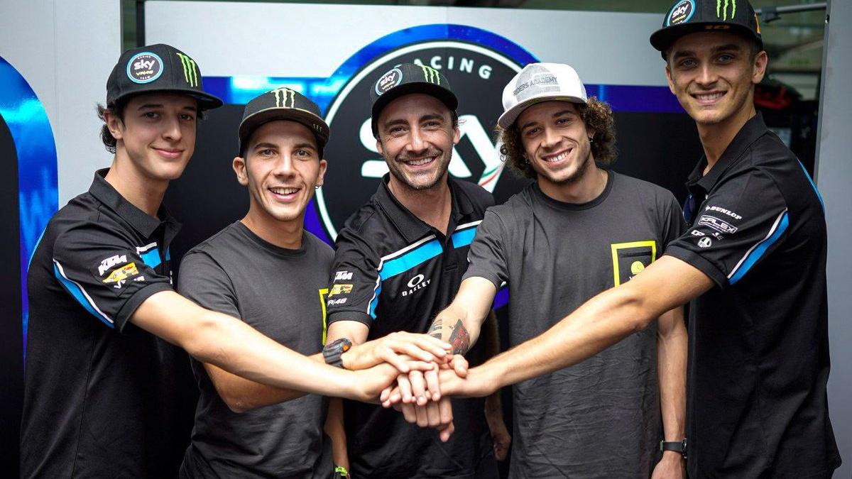 El Sky Racing Team VR46 ficha a Marco Bezzecchi y repesca a Andrea Migno para 2020