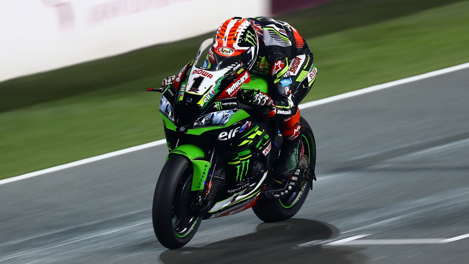 Jonathan Rea vence en Qatar y asegura el título de constructores para Kawasaki