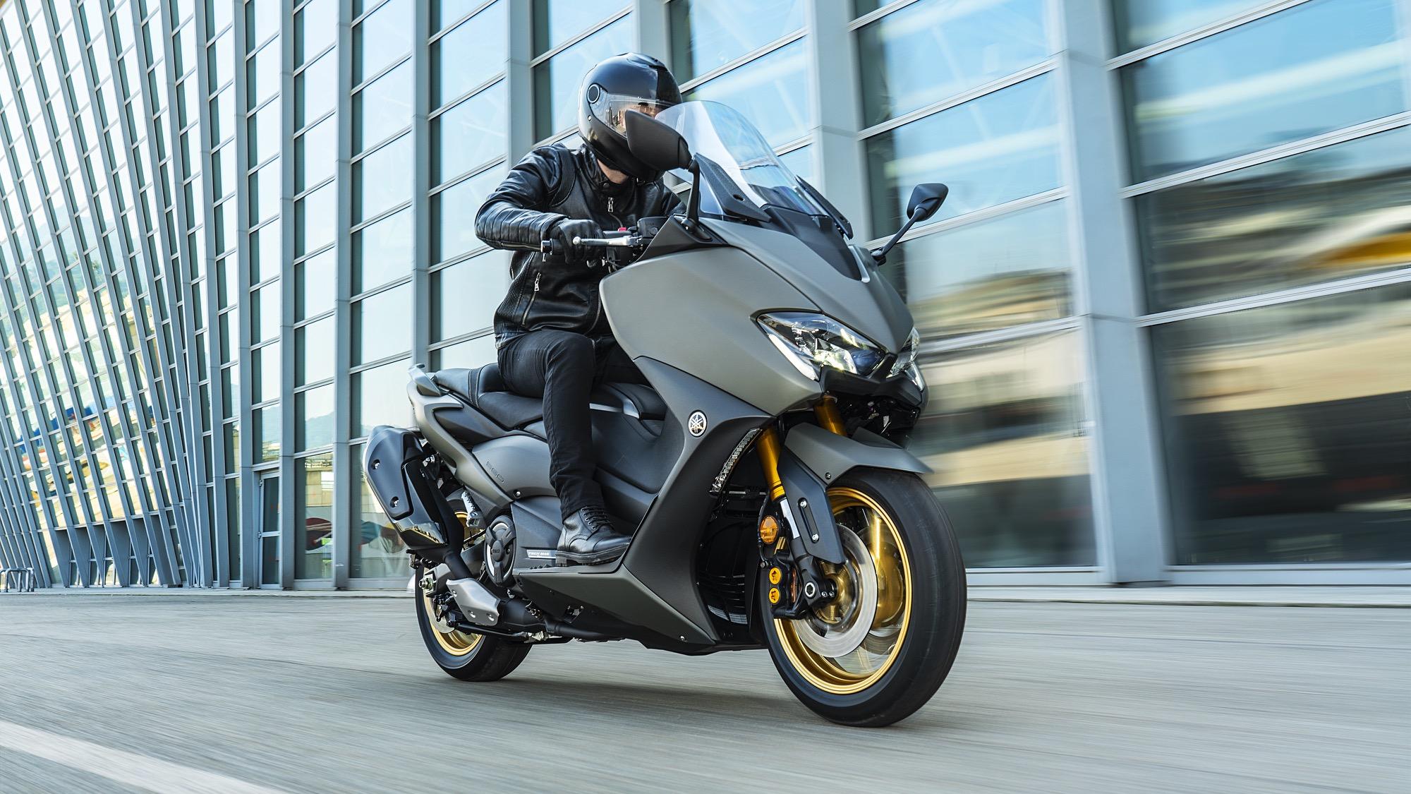 Yamaha TMAX 560 y TMAX Tech Max 2020, el scooter deportivo se renueva por dentro y por fuera
