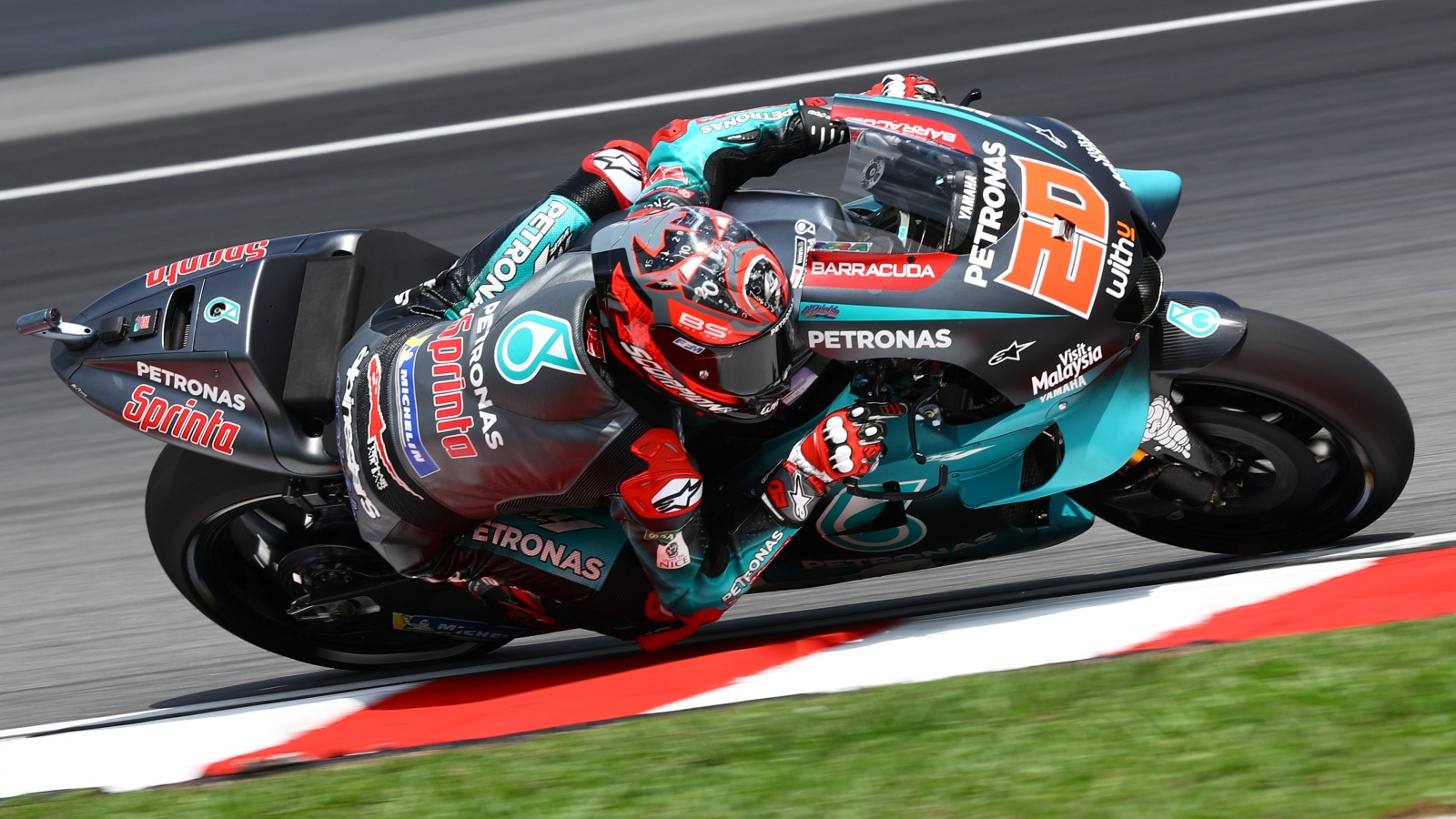 Fabio Quartararo se lleva una pole de rabia en Malasia con tres Yamaha en primera fila