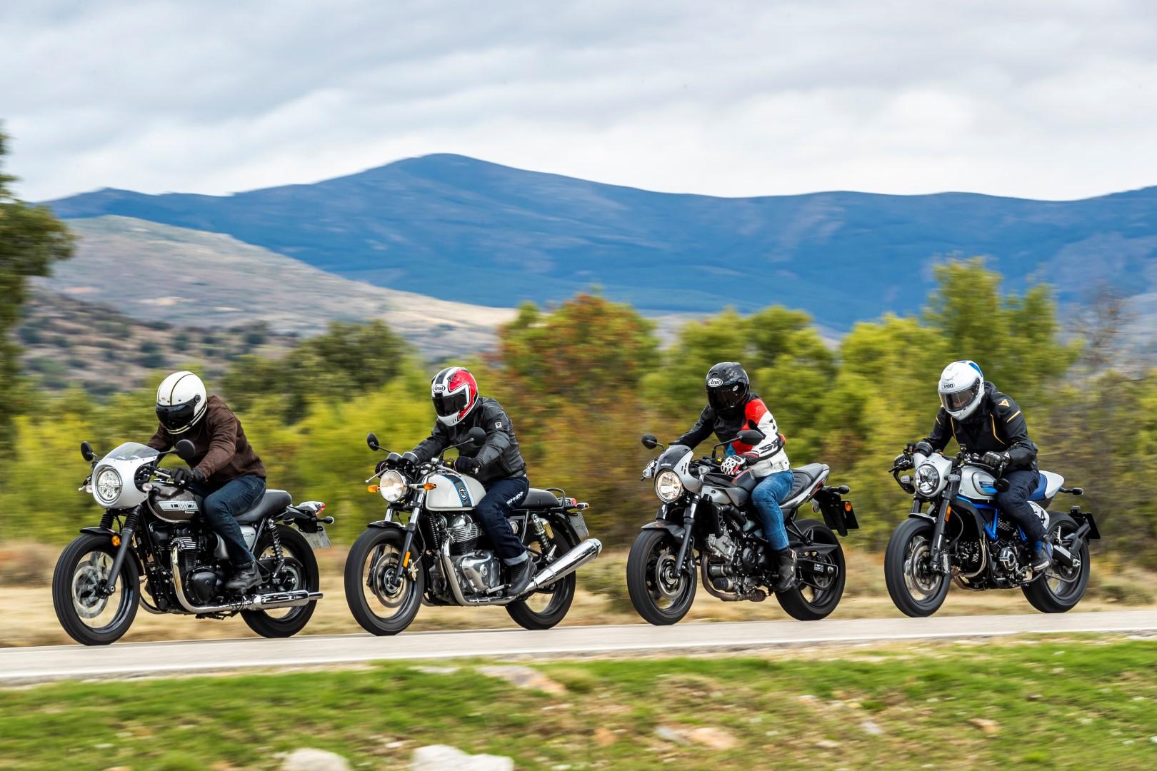 Comparativa Café Racer: Ducati Scrambler Café Racer, Kawasaki W800 Cafe, Royal Enfield Continental GT, Suzuki SV650X
