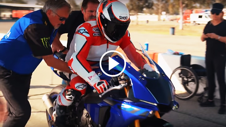 Vídeo: Wayne Rainey vuelve a pilotar una moto 26 años después de su accidente