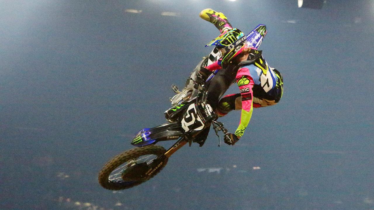 Justin Barcia se impone en el Supercross de París