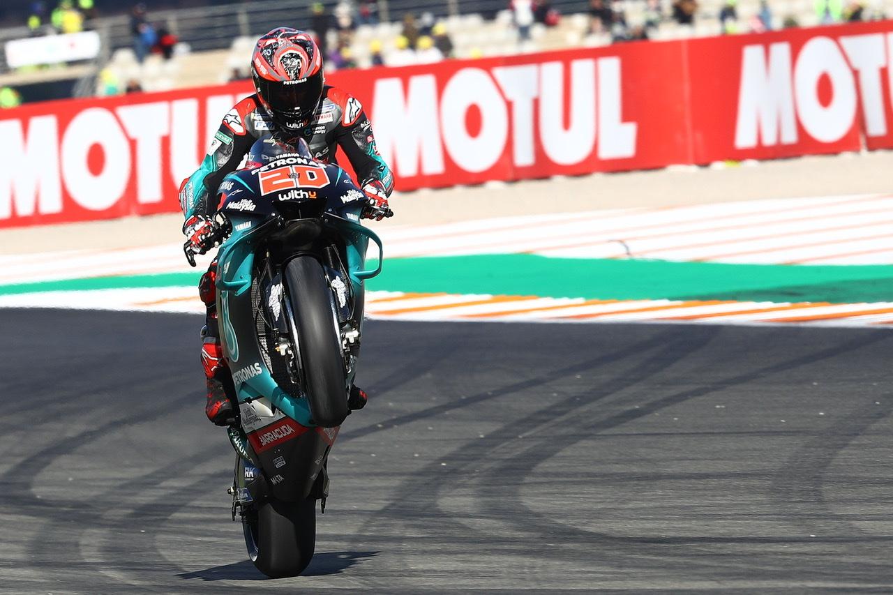 Fabio Quartararo se distancia del resto en los libres de MotoGP