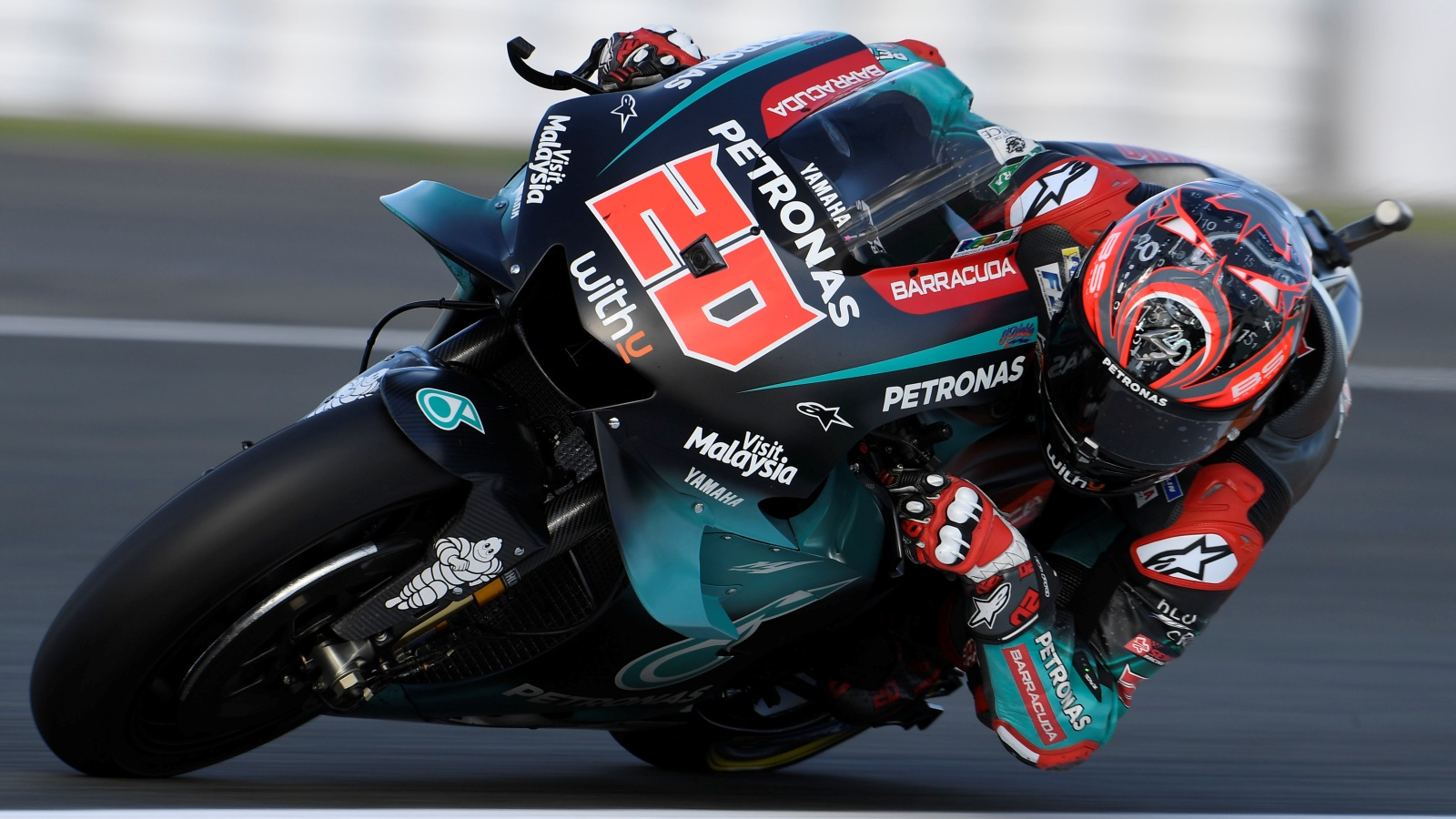Fabio Quartararo se queda la pole de MotoGP en Valencia por delante de Marc Márquez