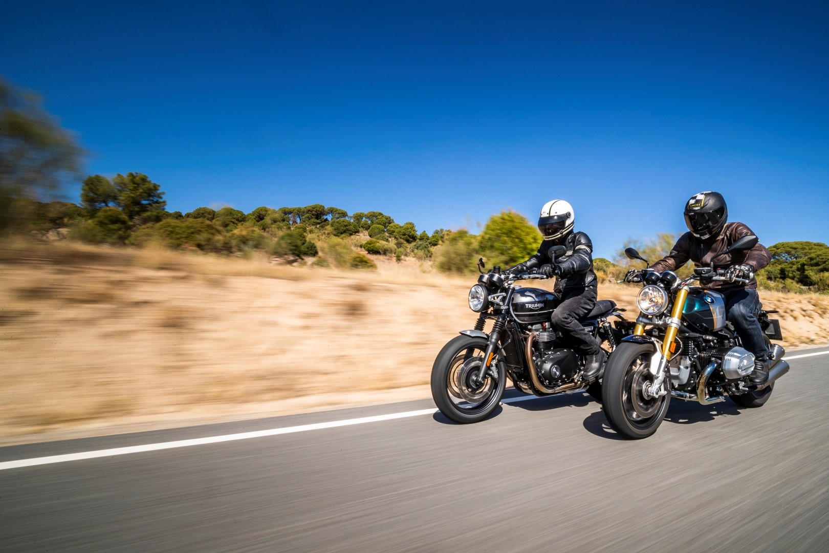 Comparativa BMW R nineT vs Triumph Speed Twin