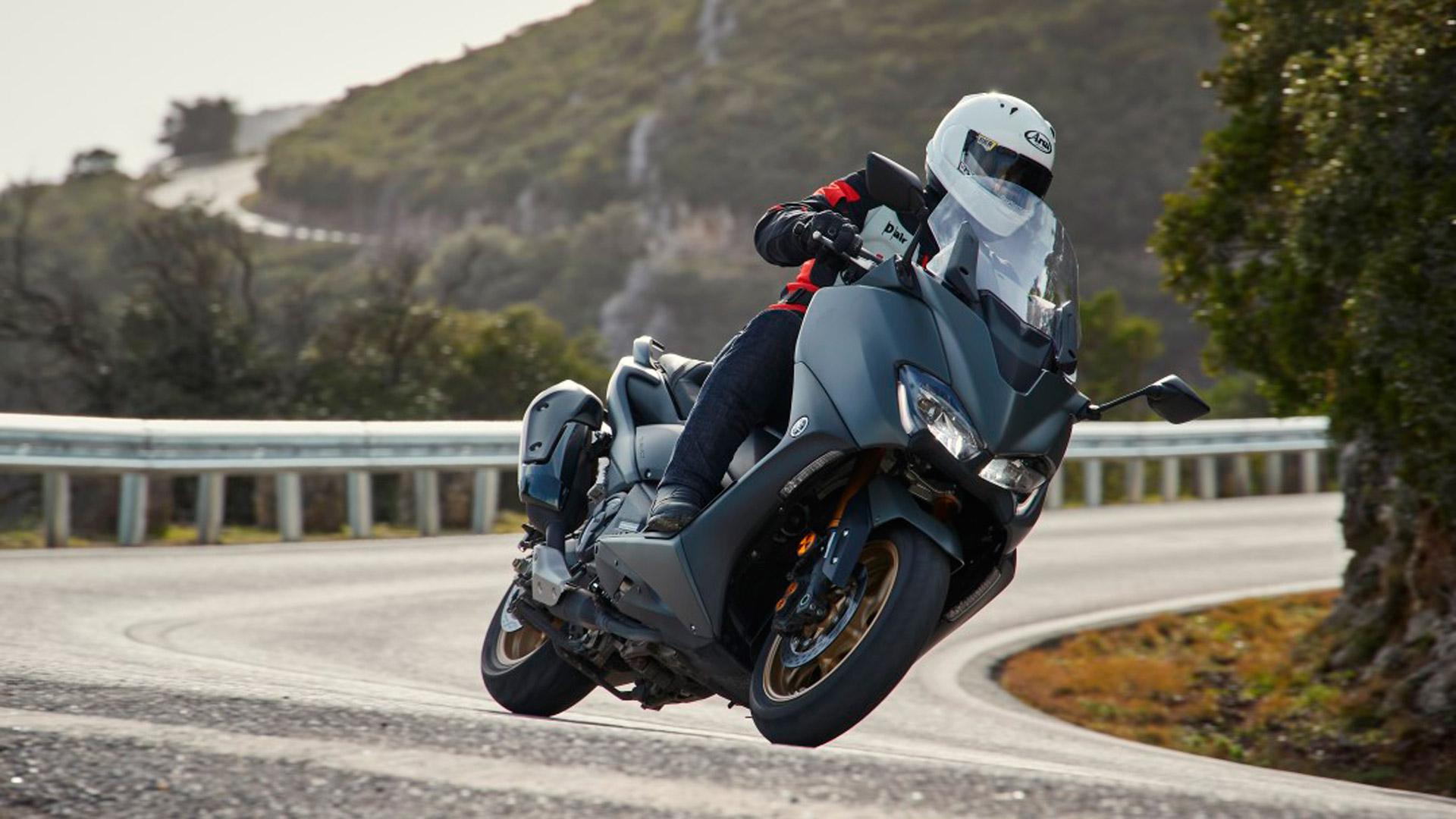 Yamaha TMax 560 2020, prueba, ficha técnica y precio de salida