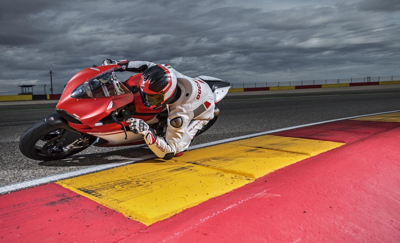 ¿Ducati V4 Superleggera 2020? Se ha filtrado su posible ficha técnica… y es impresionante