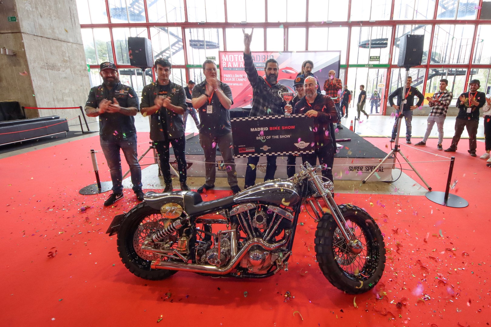 Old Custom Flames gana el Madrid Bike Show de Motorama 2020