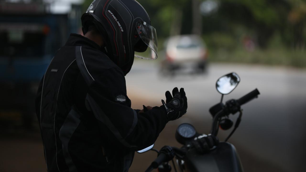 Deja la moto en cuarentena y #QuédateEnCasa