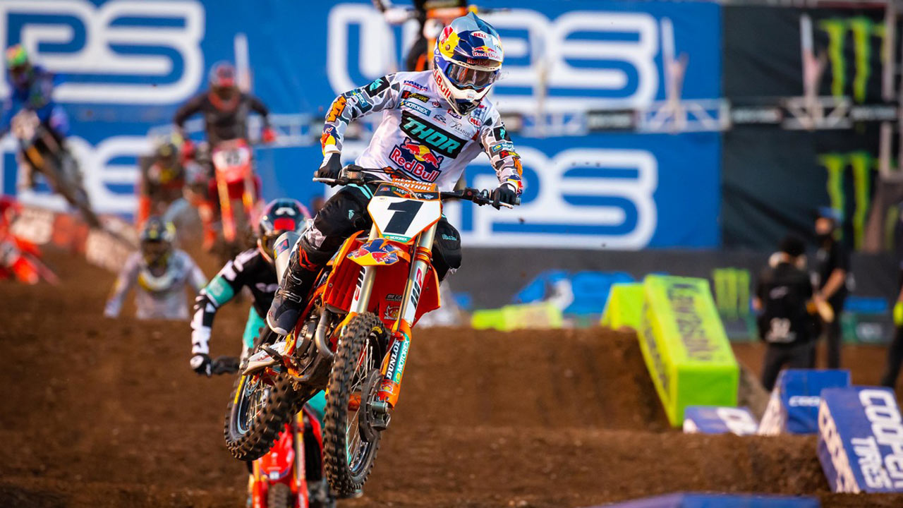 Supercross Salt Lake City 2: Webb vence, Tomac convence