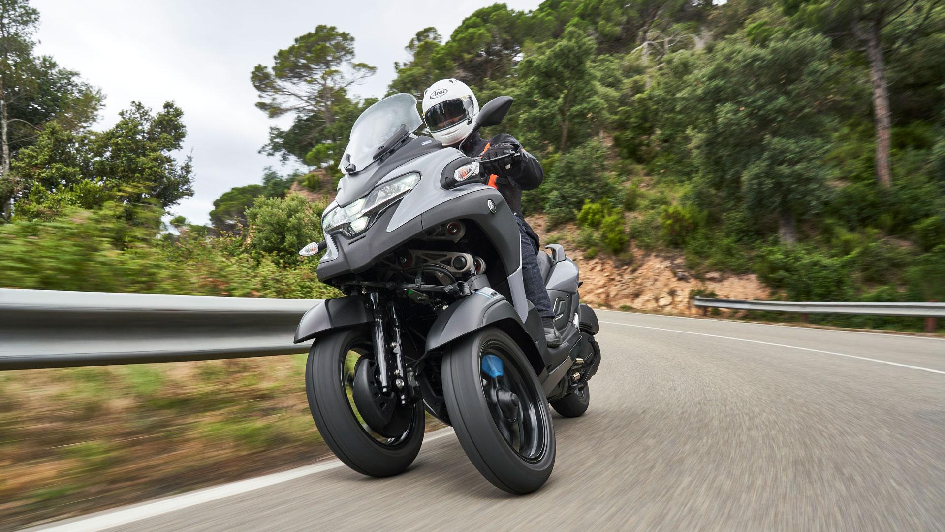 Yamaha Tricity 300, precio, prueba y primeras impresiones