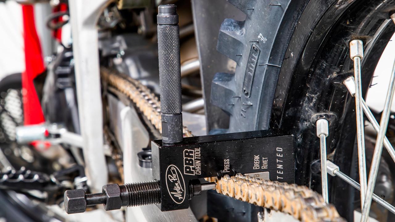 Herramienta especial: cortacadenas y remachador Motion Pro