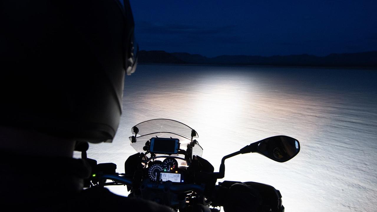 «Along the road», la campaña de Bihr para los motociclistas más aventureros