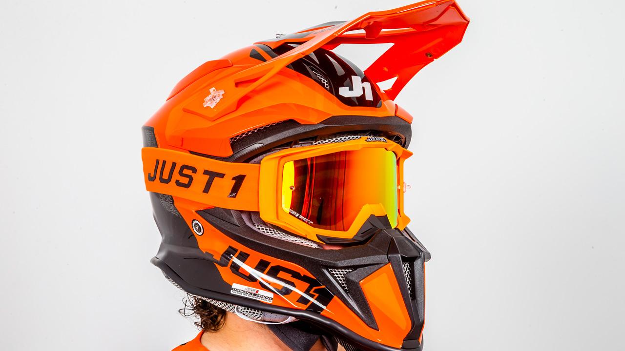 Casco Just1 Racing J18, prueba de equipamiento
