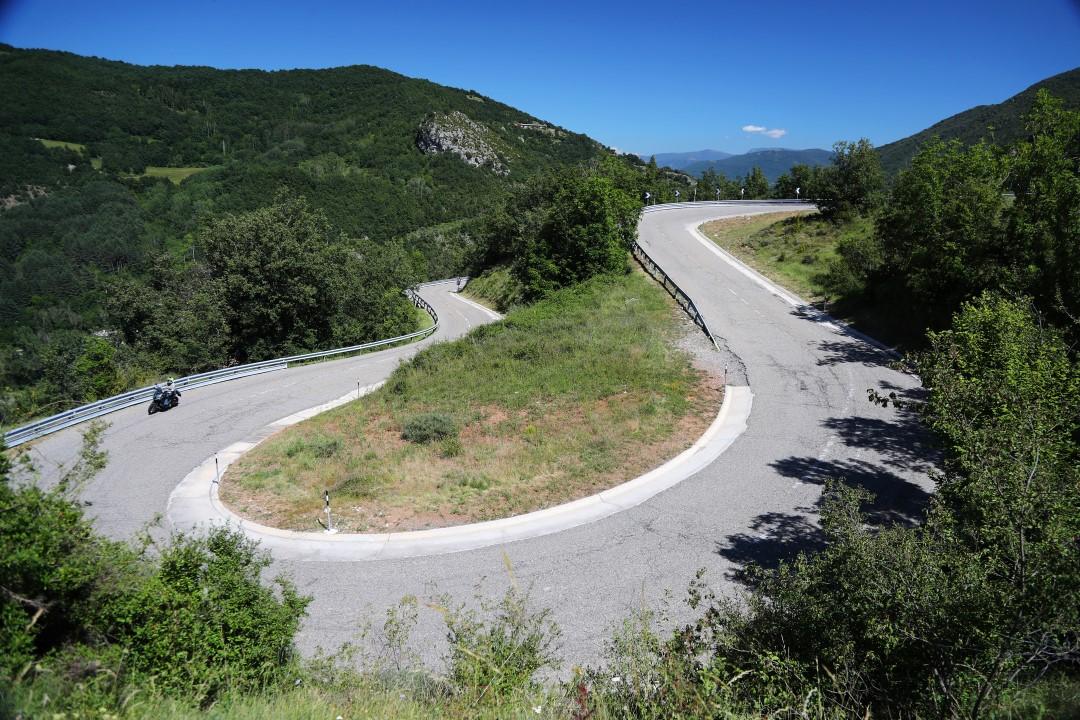 """Álex Crivillé nos recuerda que """"la carretera no es un circuito"""""""