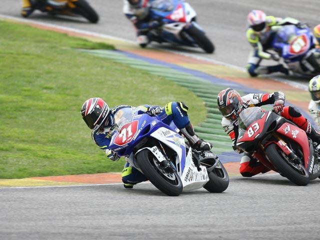Corti (Suzuki) y Petrucci (Yamaha), los mejores Superstock
