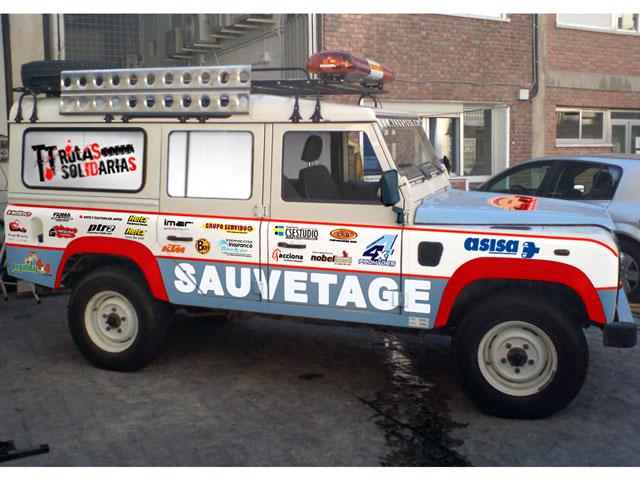 La Asociación TT Rutas Solidarias ayuda a los pueblos del desierto