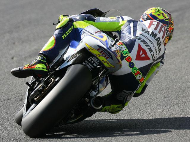 Valentino Rossi se impone en los primeros libres del Gran Premio de Jerez