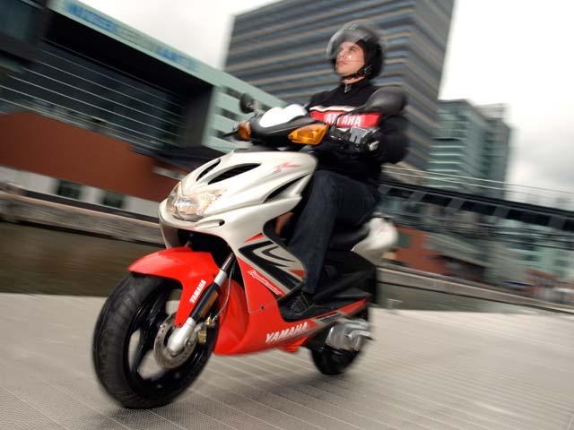 Las matriculaciones de motos cayeron un 53 por ciento en abril