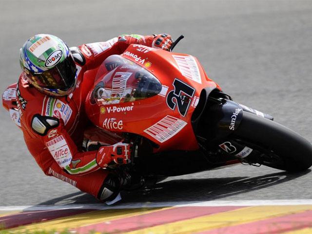 """Bayliss (Ducati): """"A la GP9 no le falta potencia precisamente"""""""