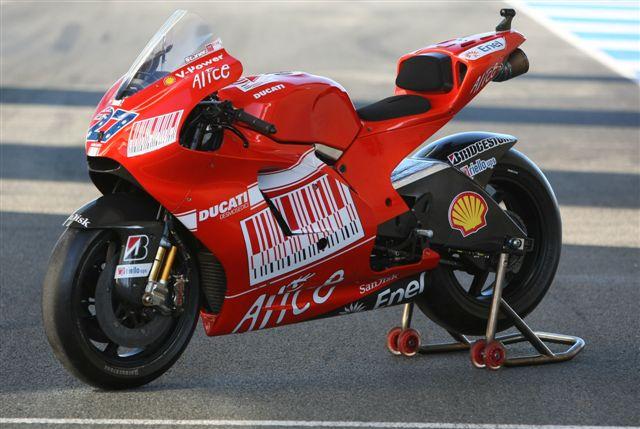 La moto de Stoner y Hayden: Ducati Desmosedici GP9